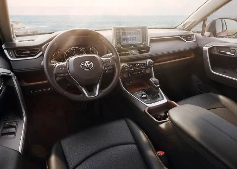 2020 Toyota RAV4 XLE Interior Features