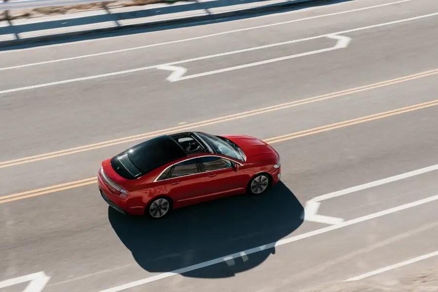 New Lincoln MKZ Luxury Sedan Review