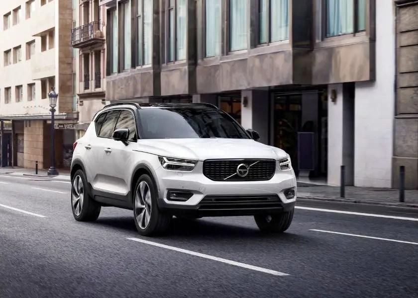 New Volvo XC40 VS XC60