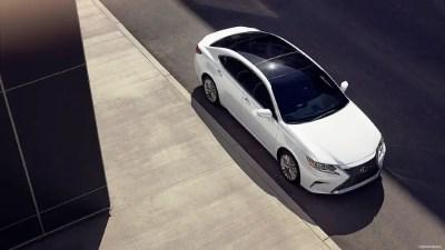 2020 Lexus ES 350 Review: Specs, Interior, Price & Release Date