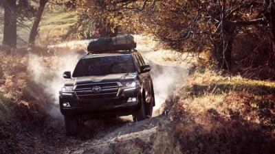 2020 Toyota Land Cruiser: Specs, Interior, Price + Heritage Edition