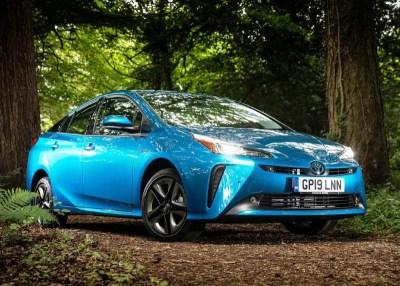 2020 Toyota Prius Review, Specs, Price & Configurations