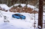 2020 Toyota Prius Test in Snow