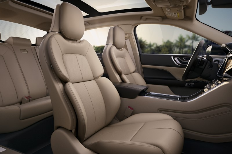 2021 Lincoln Continental Interior Seating and panoramic Sunroof