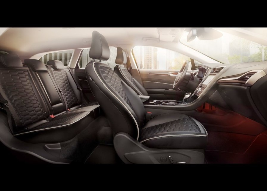2022 Ford Fusion Active Wagon Seating Capacity