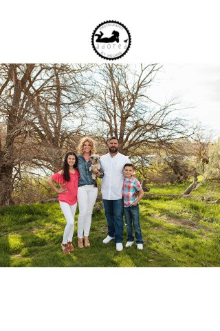 Spring Mini-Sessions with Adored by Meghan. April 23rd or 30th, Tri-Cities, WA, $40 to secure your session!