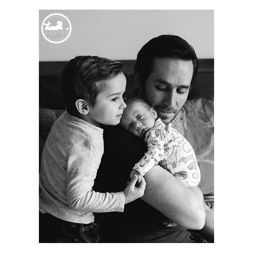 Schedule your lifestyle newborn family portrait session in the Tri-Cities, WA: Kennewick, Richland, Pasco.  Adored by Meghan photographs lifestyle portraits in Southeastern WA.