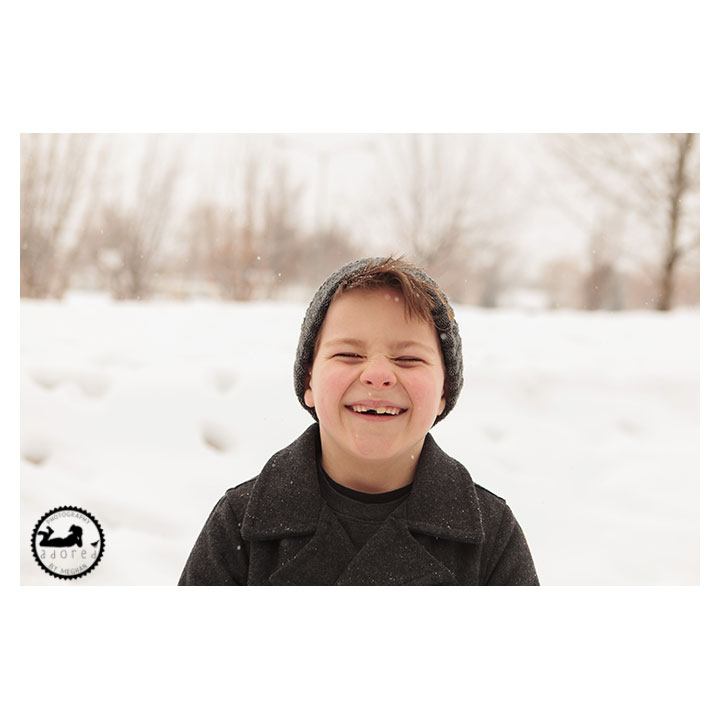 Tri-Cities family photographer, photos in the snow, with Adored by Meghan.