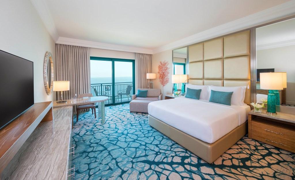 68oceandeluxeking-interior-bedroomwithcushionscopy-932038