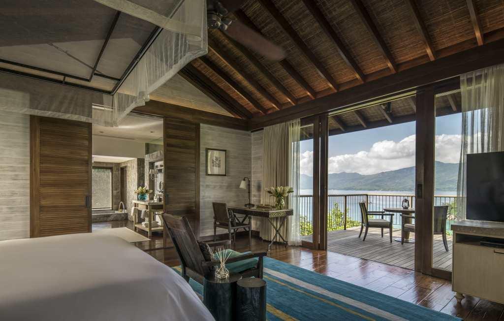 Four Seasons - Residence Villa Bedroom