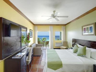 superior-ocean-front-room-xl-standard