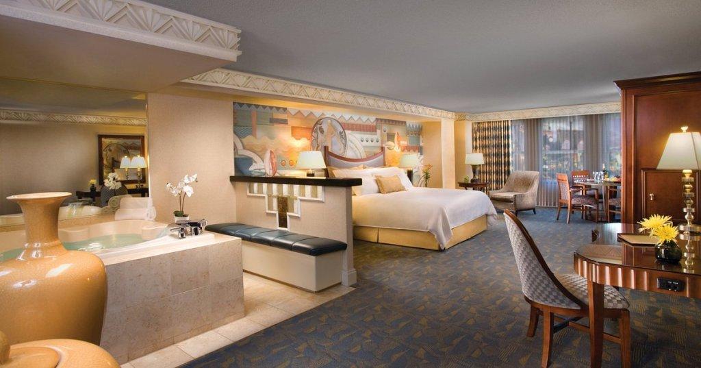 marquis-suite (1)