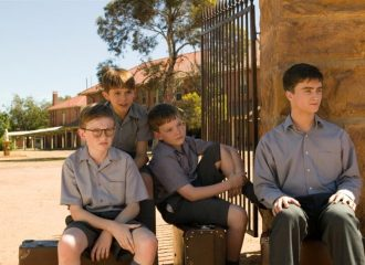 Szenenbild aus DECEMBER BOYS - © Warner Bros.