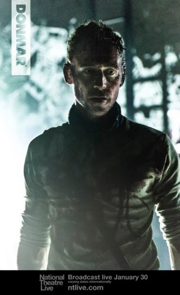 Szenenbild aus NT Live: CORIOLANUS - Tom Hiddleston - Photo by Johan Persson