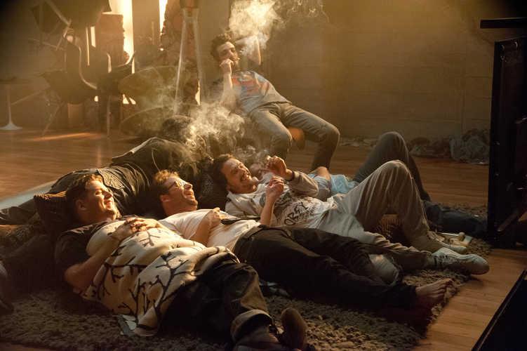 Mit Dope erträgt sich der Weltuntergang leichter - THIS IS THE END - DAS IST DIE ENDE - © Sony Pictures Home Entertainment