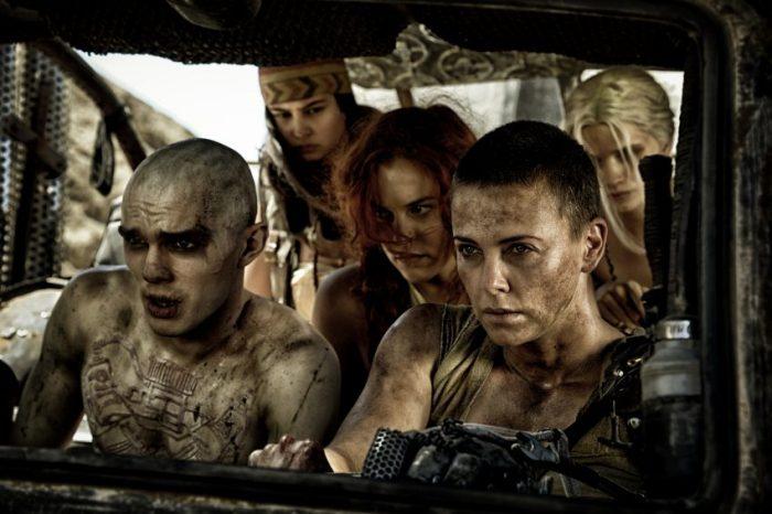 Szenenbild aus MAD MAX: FURY ROAD - © 2015 Warner Bros. Deutschland
