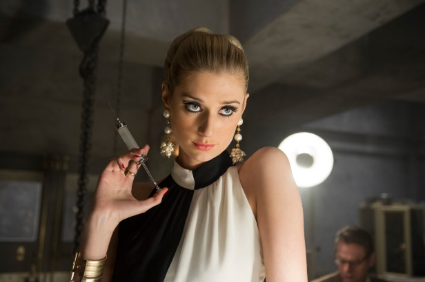 Szenenbild aus CODENAME U.N.C.L.E. - Die blonde Böse (Elizabeth Debicki) - © 2015 Warner Bros. Entertainment Inc. ALL RIGHTS RESERVED