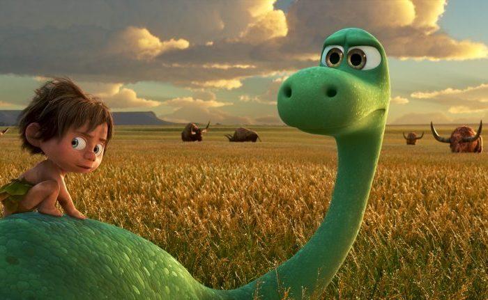 Szenenbild aus THE GOOD DINOSAUR - ARLO & SPOT - © 2015 Disney•Pixar. All Rights Reserved.
