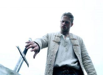 Charlie Hunnam als Arthur - © 2017 Warner Bros. Pictures