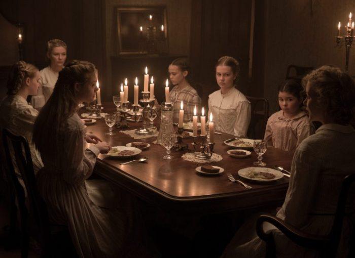 Filmstill aus THE BEGUILED von Sofia Coppola - Die Frauen beim Abendessen - © Universal Pictures Germany