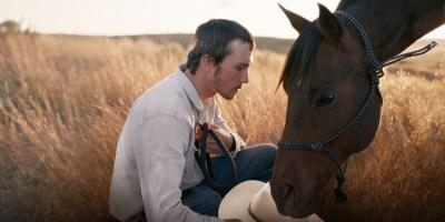 Szenenbild aus THE RIDER (2017) - Brady Blackburn (Brady Jandreau) - © Weltkino
