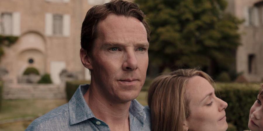 Szenenbild aus PATRICK MELROSE - Patrick (Benedict Cumberbatch) wird auch in seiner Ehe mit Mary (Anna Madeley) von seiner Vergangenheit verfolgt. - © Sky