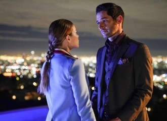 Szenenbild aus LUCIFER - Staffel 3 - Chloe (Lauren German) und Lucifer (Tom Ellis) - © Fox