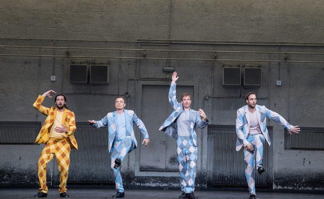 Szenenbild aus DIE DREI MUSKETIERE (2019) - Residenztheater - © Sandra Then