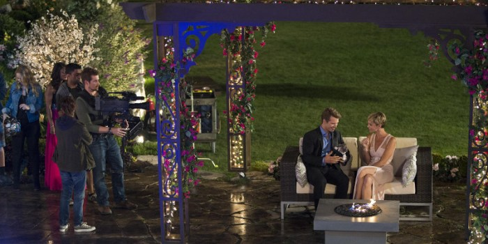 Szenenbild aus UNREAL - 1. Staffel - Alles Inszenierung - © Lifetime