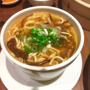 Adragonchef_DinTaiFung hot and sour soup