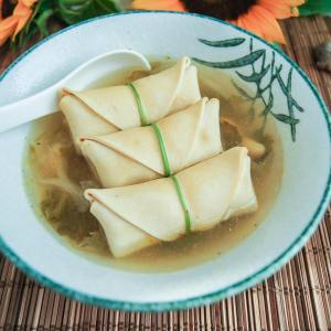 Chicken Soup with Tofu Pork Wrap