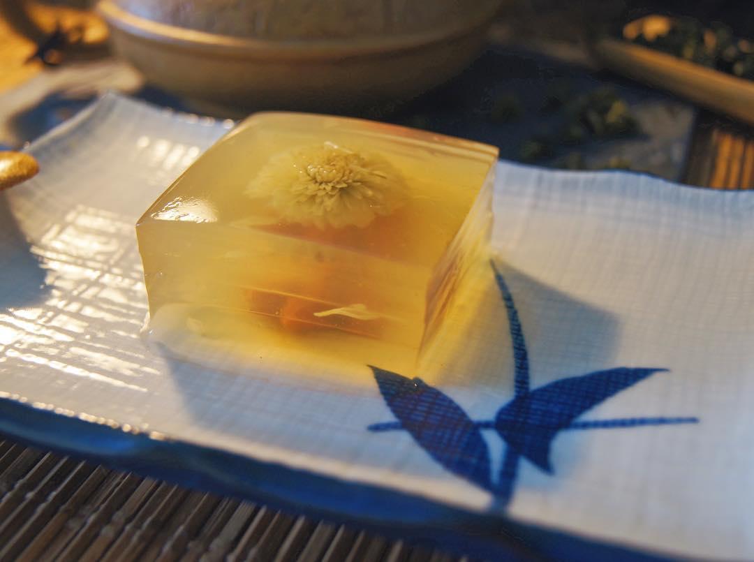 Chrysanthemum Tea Jelly