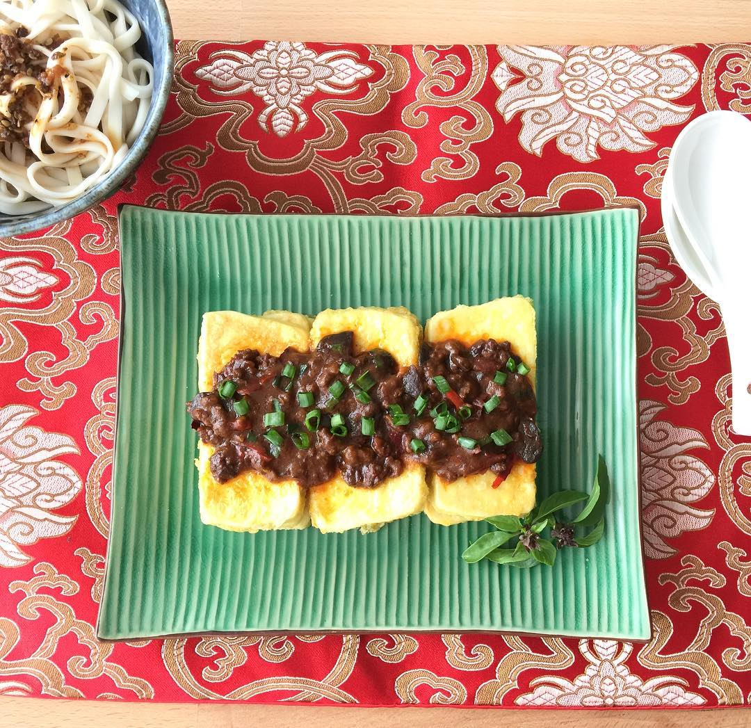 Fried Tofu with Pixian Doubanjiang (Chinese chili bean paste)