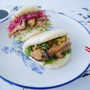 Gua Bao Vegetarian Version