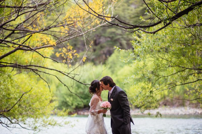 fotos-boda-bariloche_020%22boda-en-bariloche%22%22fotos-de-boda-en-bariloche%22-%22casamiento-en-bariloche%22%22fotos-boda-bs-as%22%22fotografo-de-bodas-en-bariloche%22