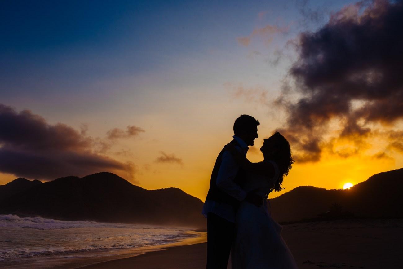 ensaio_pós_casamento_em_Grumari_080