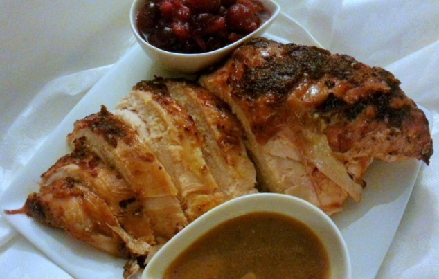 Sliced Oven Roasted Turkey with gravy and cranberry sauce #ABRecipes