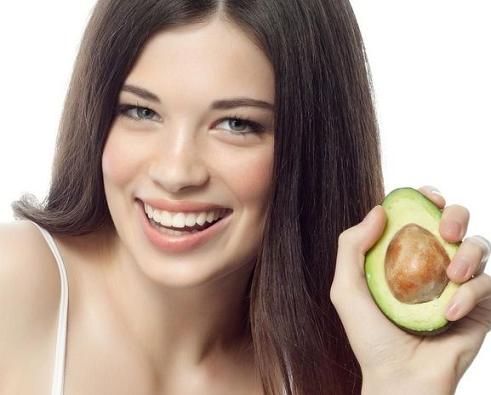 hidratacao-de-cabelo-com-frutas