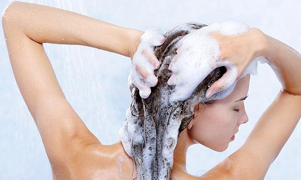 lavar os cabelos igual no salão