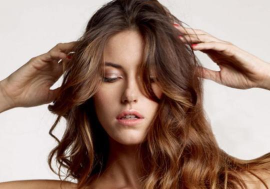 acabar-com-frizz-no-cabelo