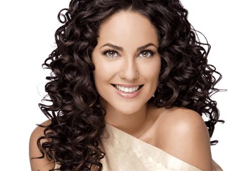 Hidratação caseira para deixar os cabelos cacheados perfeitos