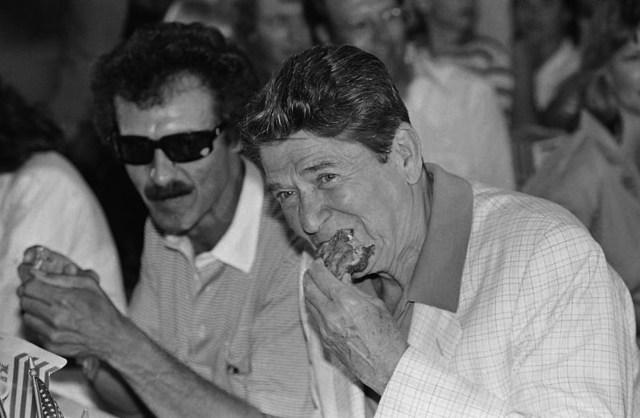 Reagan grubbing on fried chicken