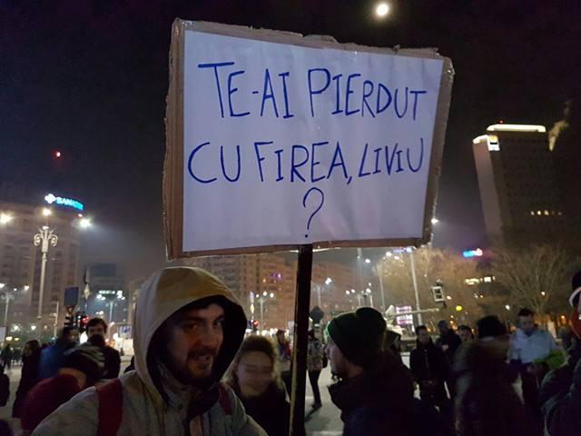 image-2017-02-5-21589109-41-pancarta-protest-5-feb-7
