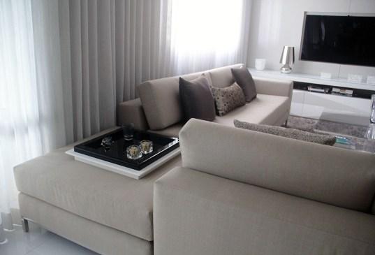 adriano-gronar-arquitetura-interiores-sofá L 1024px-contrast minus