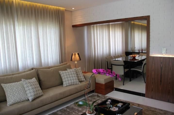 adriano-gronard-arquitetura-interiores-sala-de-jantar-abajur-cristal-áinel-madeira-adrianogronardphoto