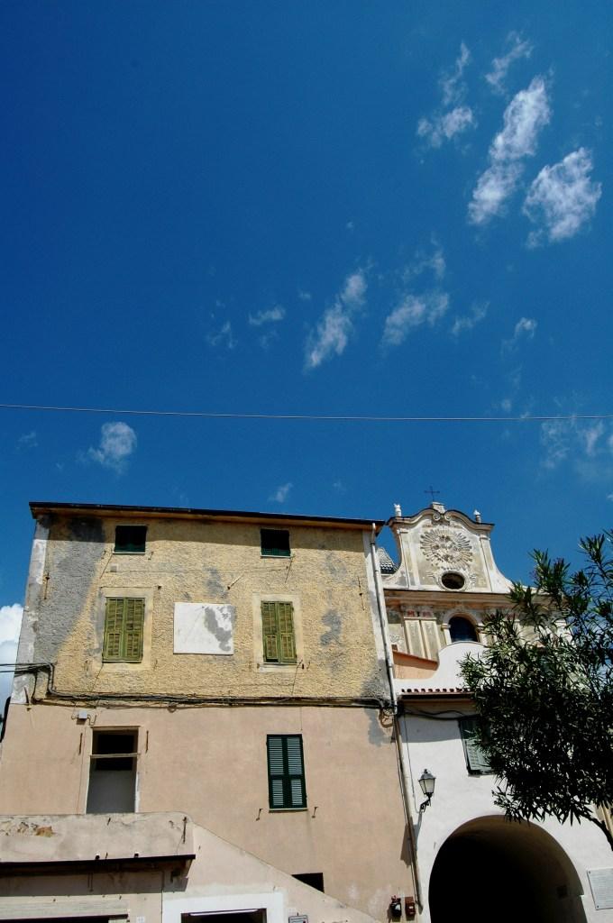 Riva Ligure (IM), scorcio della Chiesa Parrocchiale di San Maurizio