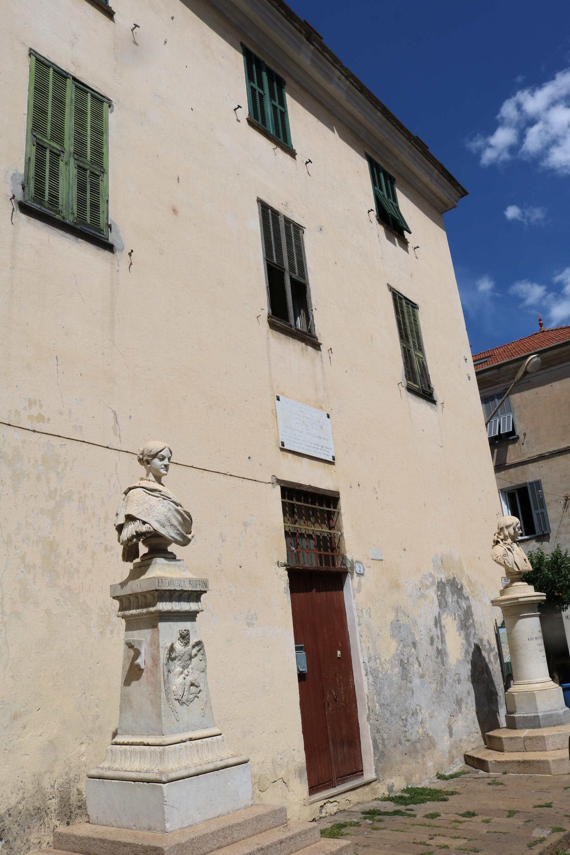 Taggia (IM) – Piazza Cavour