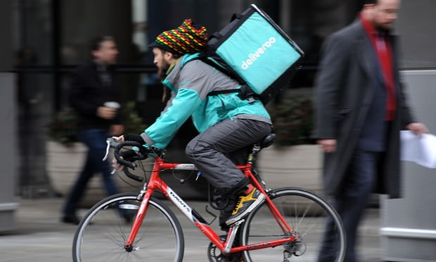 Corte arbitral en Inglaterra declara que los Riders de Deliveroo no tienen derechos laborales