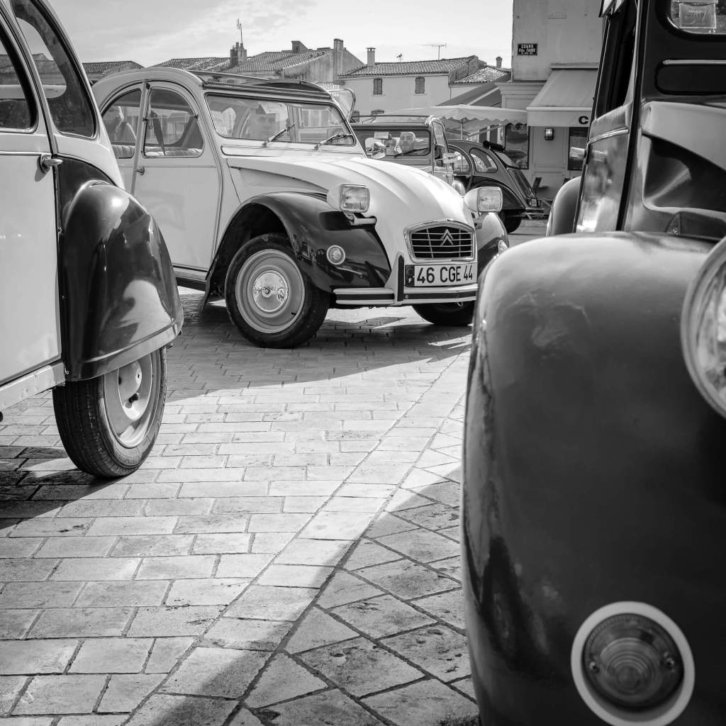 2CV take over - La Flotte, Ile de Ré, France.
