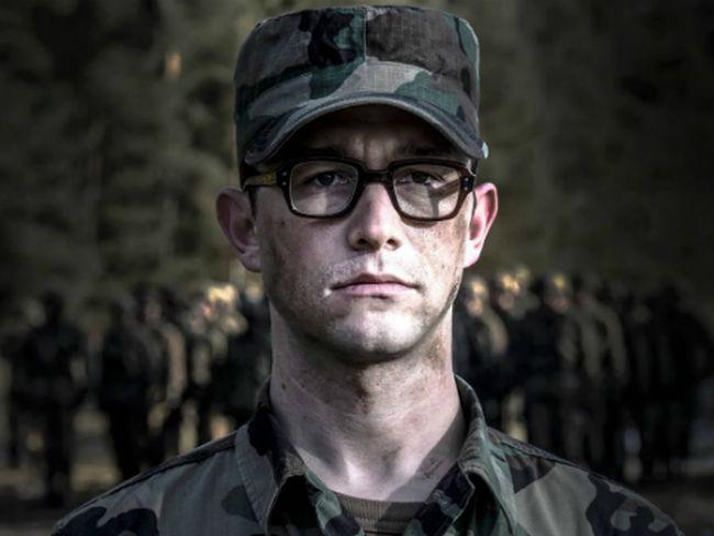 Primer vistazo a Snowden, la película de Oliver Stone sobre el antihéroe de la NSA
